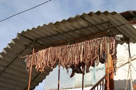 просушить колбасу