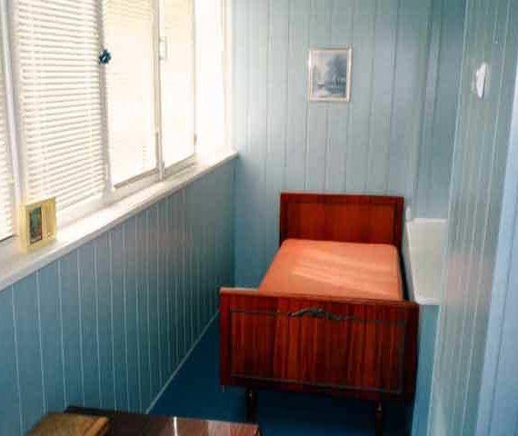 Спальное место на балконе 1
