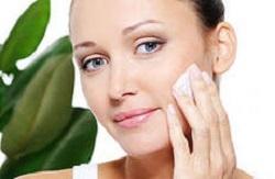 очистите кожу перед нанесением макияжа