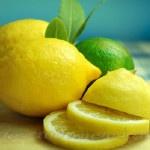Народные способы удаления запаха в холодильнике_Лимон
