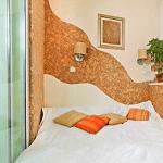 Спальня на балконе. миниатюра