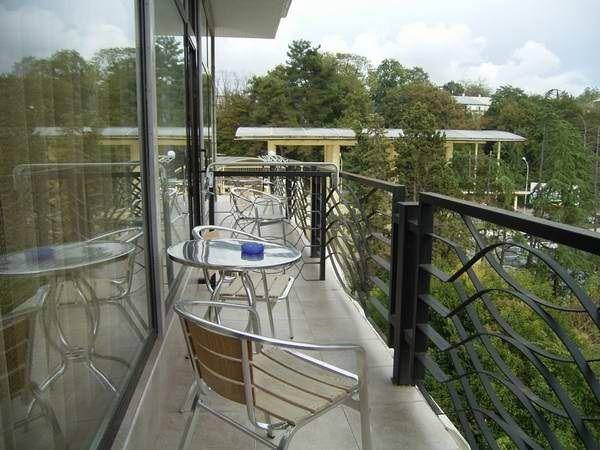 отдых на открытом балконе